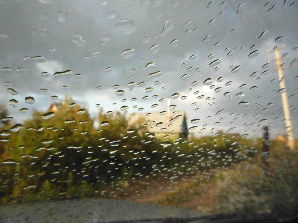 Фото картинки дождь за окнами
