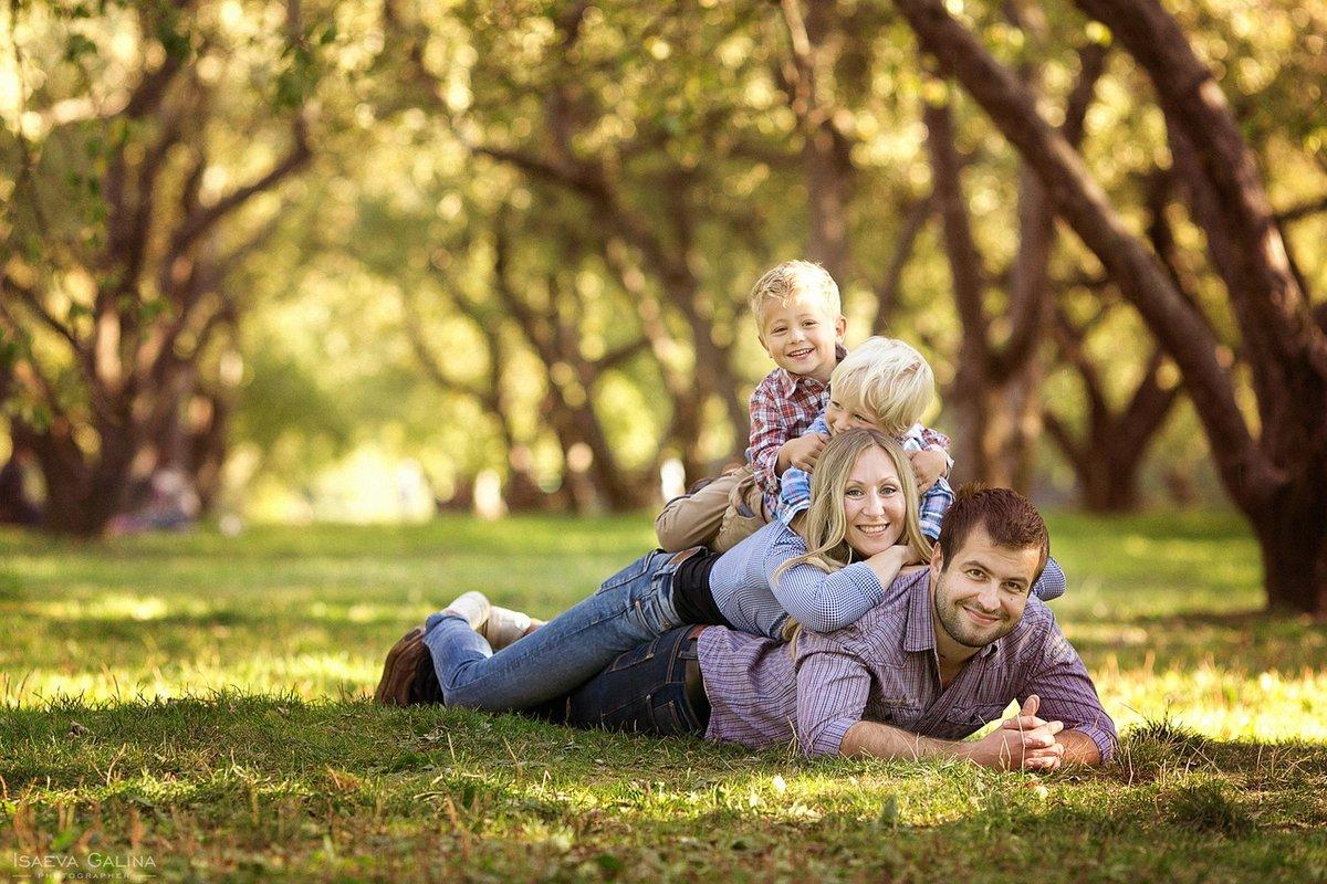Идеи красивого фото с двумя детьми