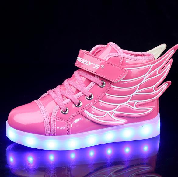 a4315b84 Розовые кроссовки с крыльями для девочек Розовые кроссовки с крыльями для  девочек