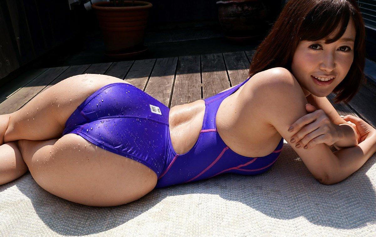 смотреть японку в купальнике онлайн - 11