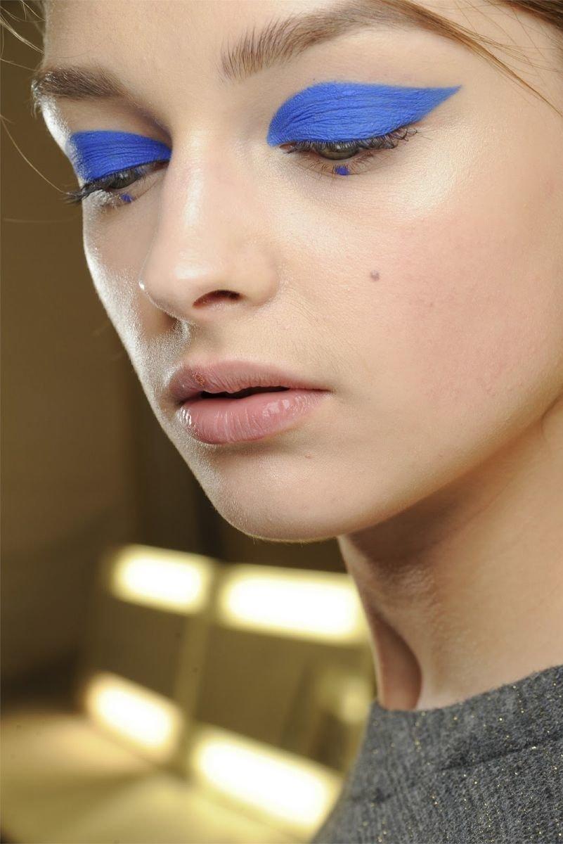 макияж синего цвета фото хозяин
