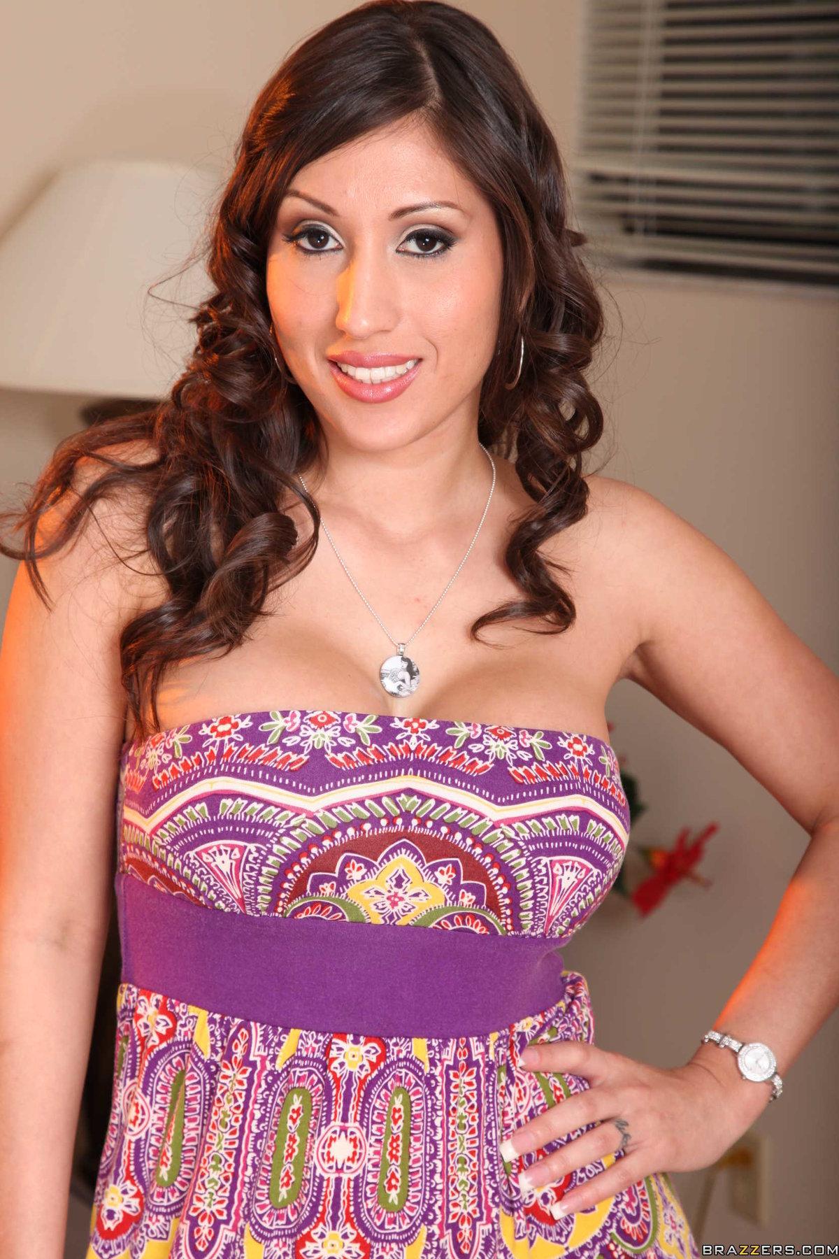 Alexis Ramirez Nude Photos 14