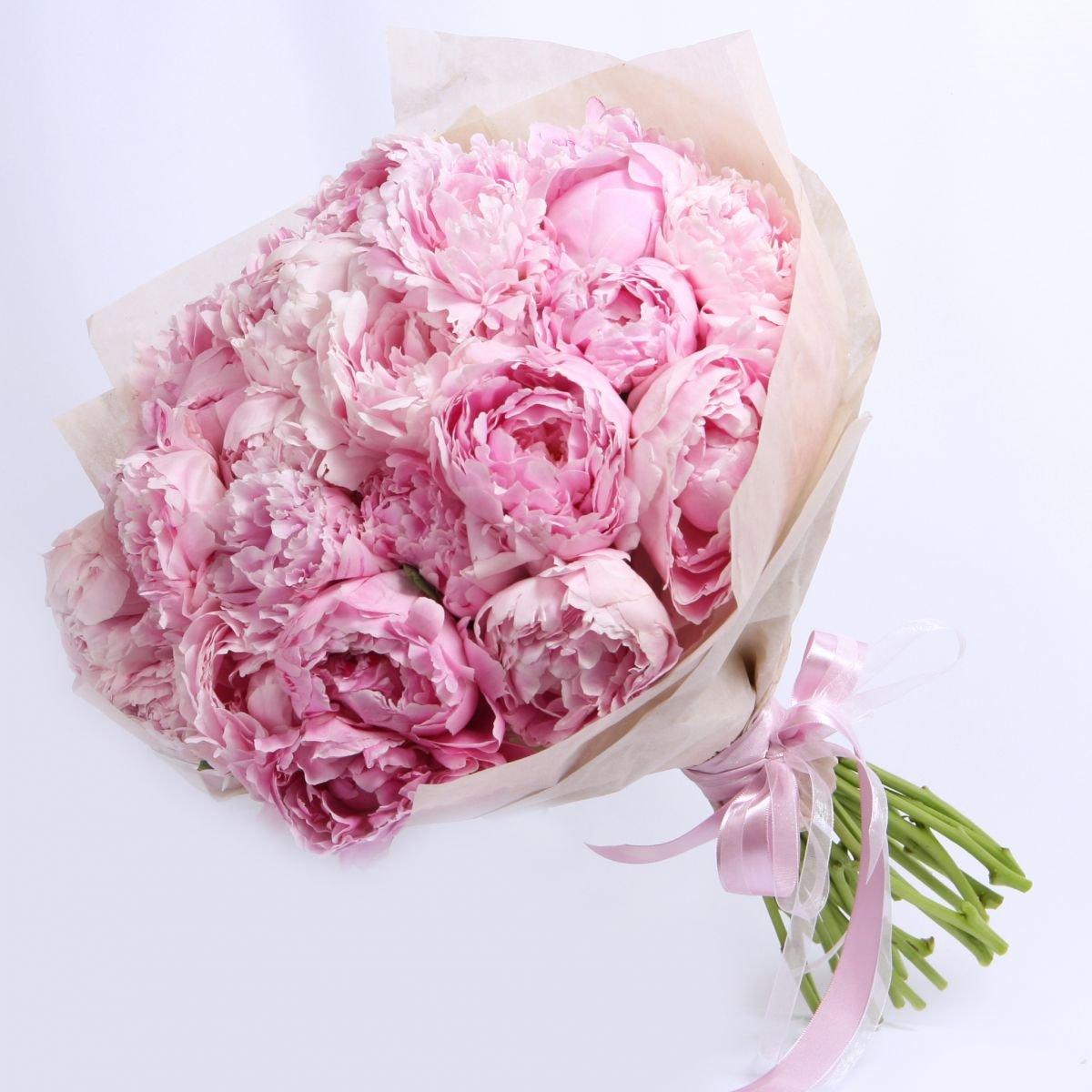 Розовый букет пионы цена казань, серебряную