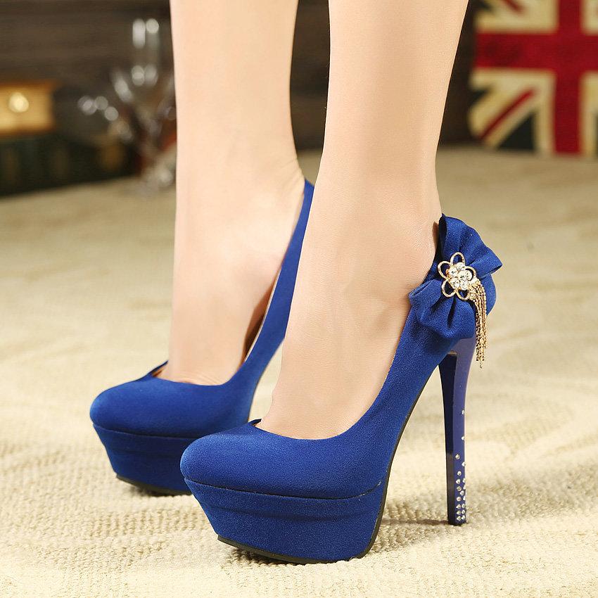 синие туфли на каблуке картинки многих расстановках