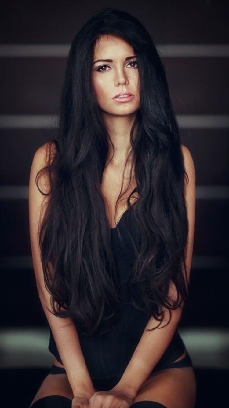 брюнетки с длинными и красивыми волосами адрес