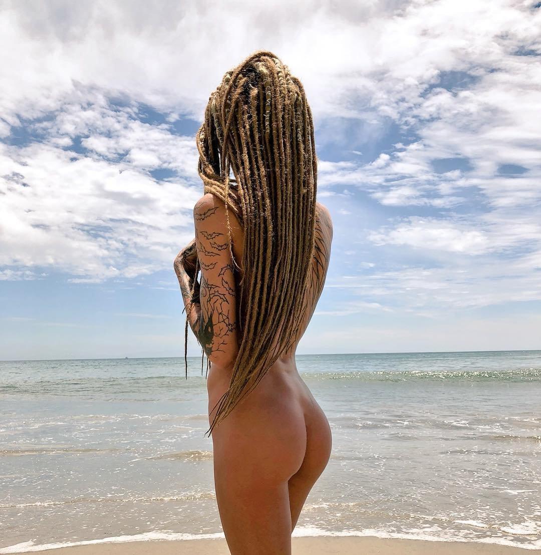 light-skin-dreads-naked-hustler-virgins-magazine