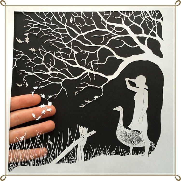 Картины из вырезанных открыток