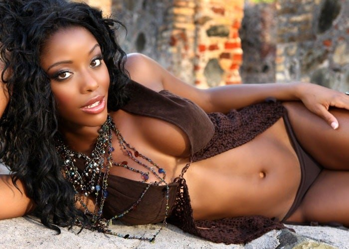 hot-nude-black-woman-tawny-ikittean-nude
