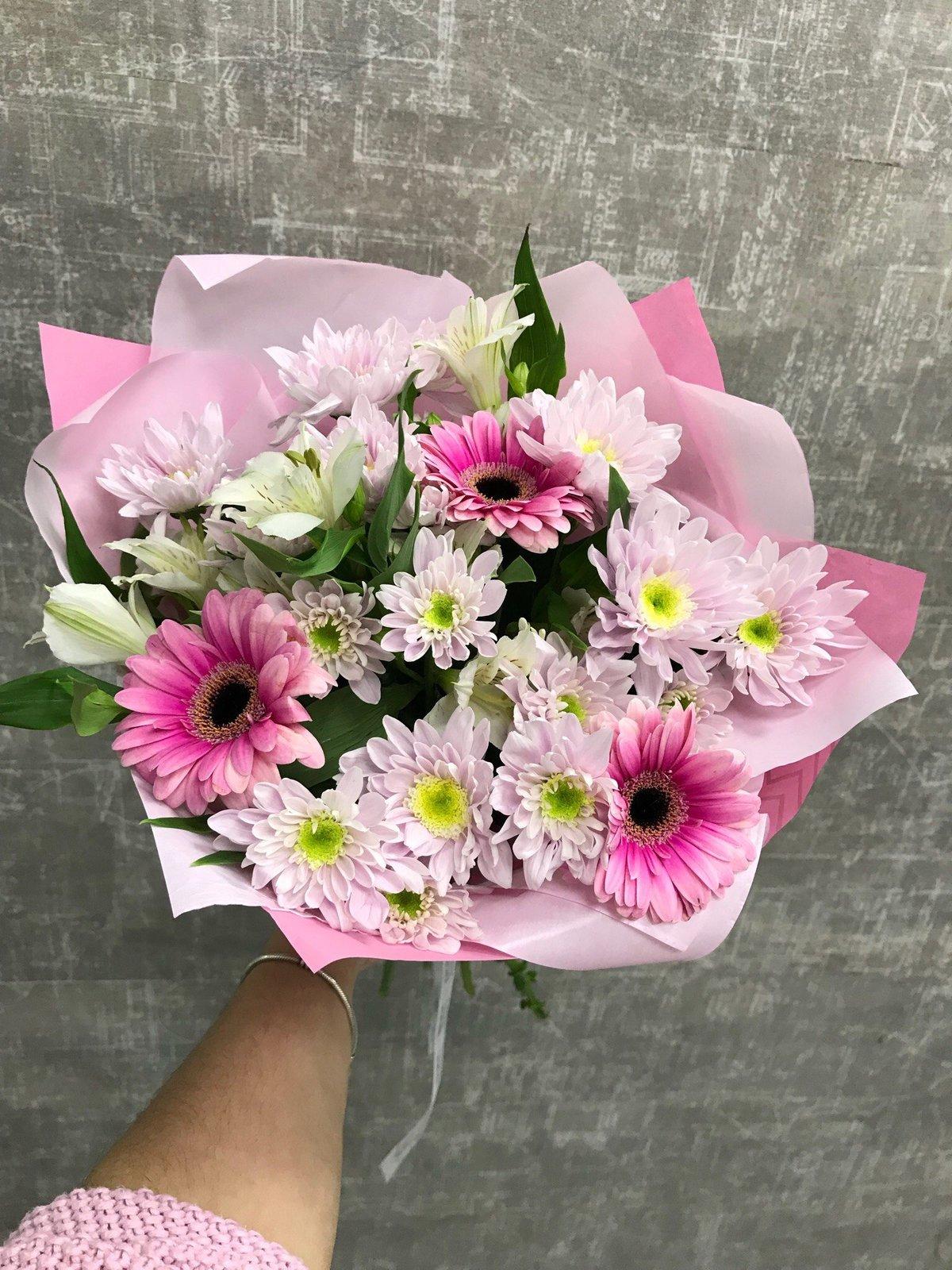 Букет из 3 гербер и хризантем цены, роз