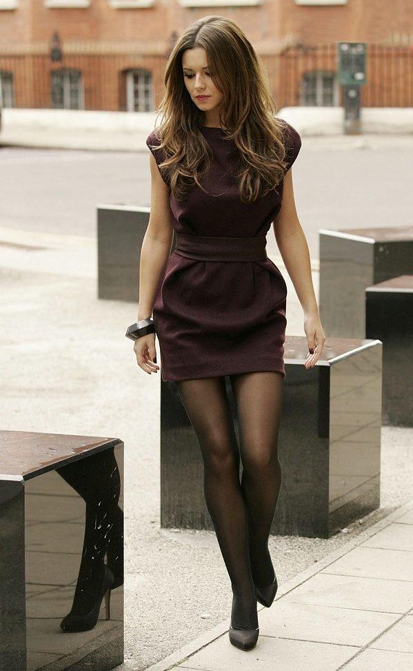 девушки в платьях коротких колготках - 8