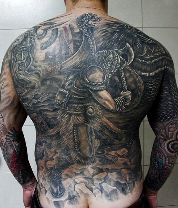 Викинги фото на спине