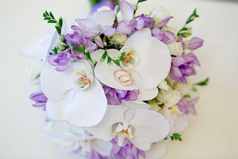 Свадебный букет, свадебный букет орхидей фрезий