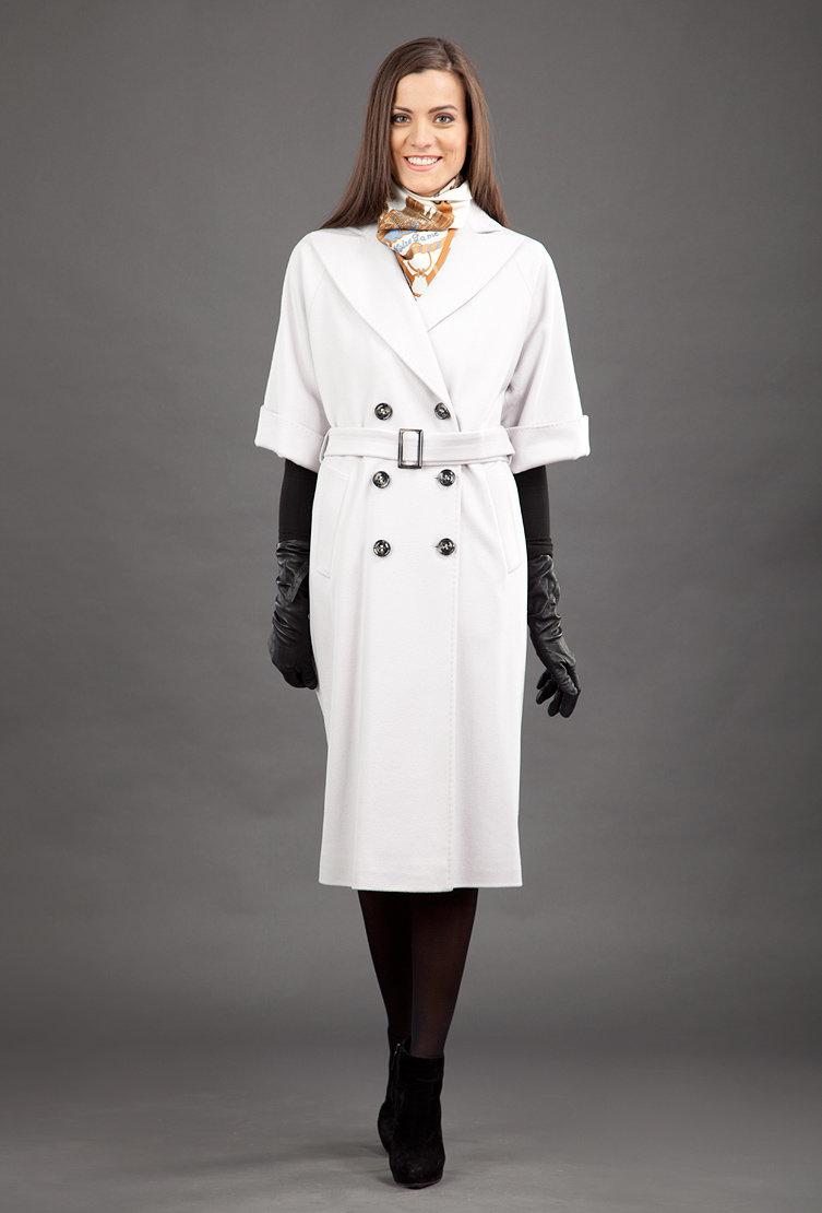 Красивое необычное женское пальто фото мерцание