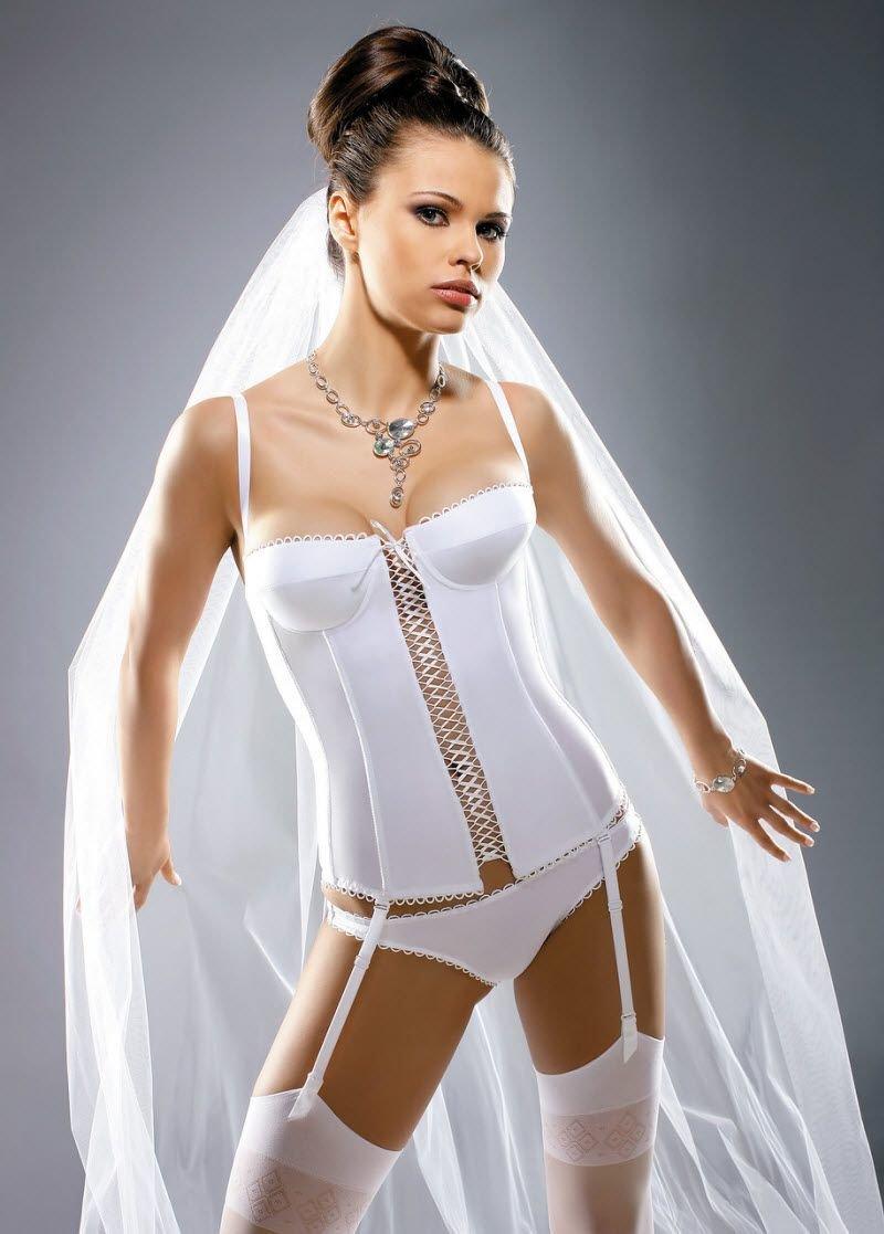 super-eroticheskoe-bele-dlya-svadbi-foto