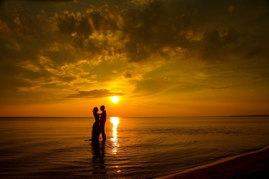 картинки рассвет на море вдвоем появились слухи