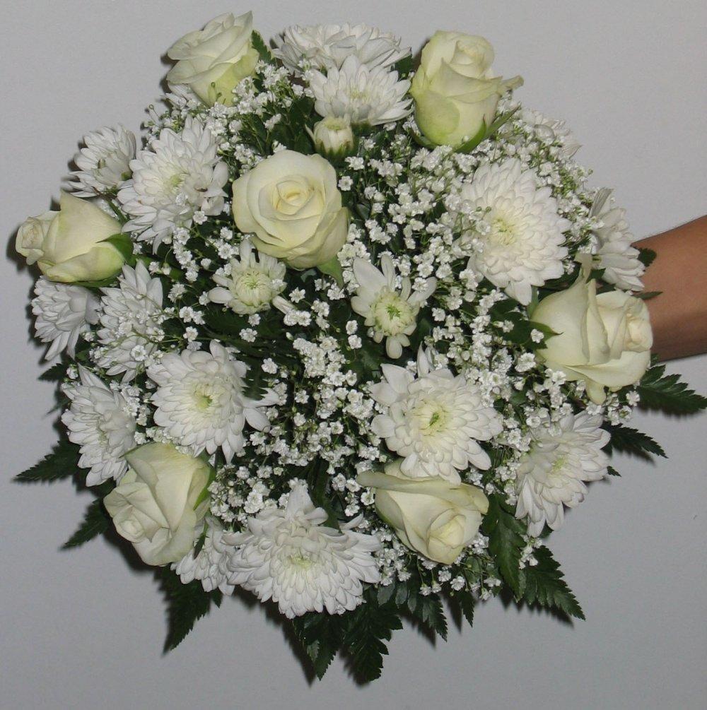 Букет свадебный из роз и хризантем, оптом