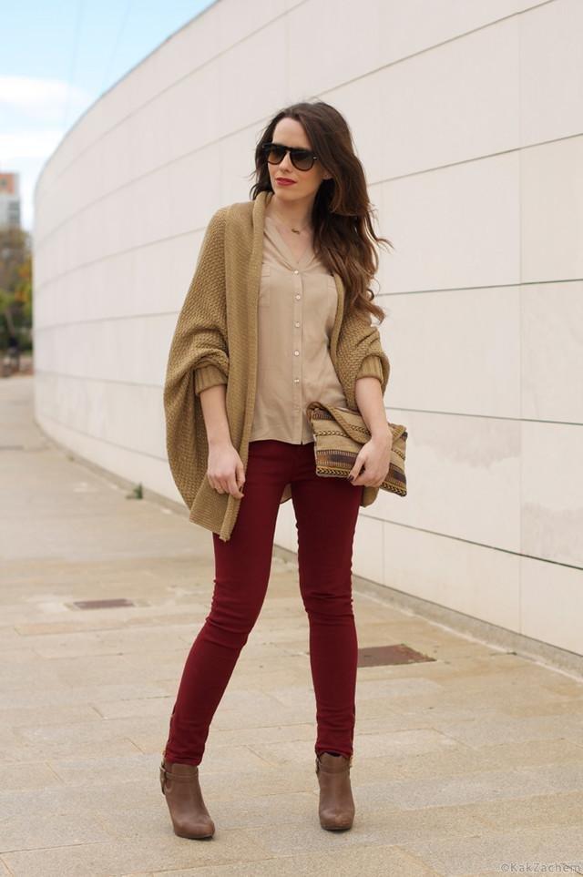 бордовые брюки фото с чем носить лестницы