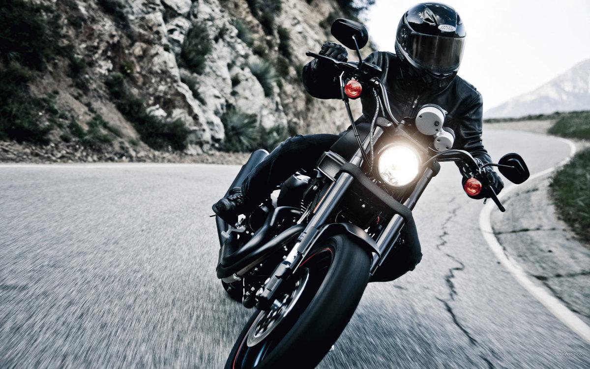 Мотоциклист в картинках