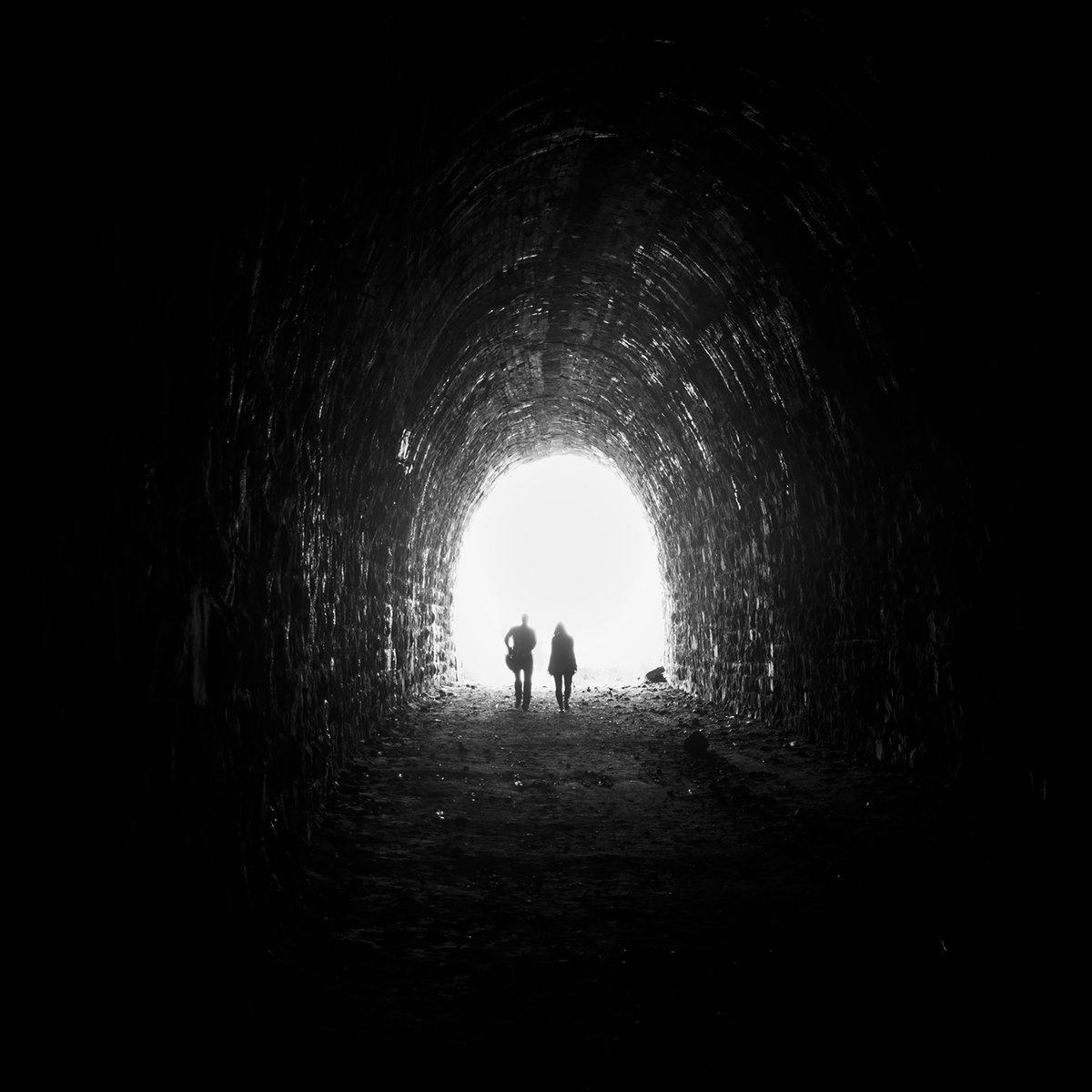 нас картинки конец тоннеля поздравления новым