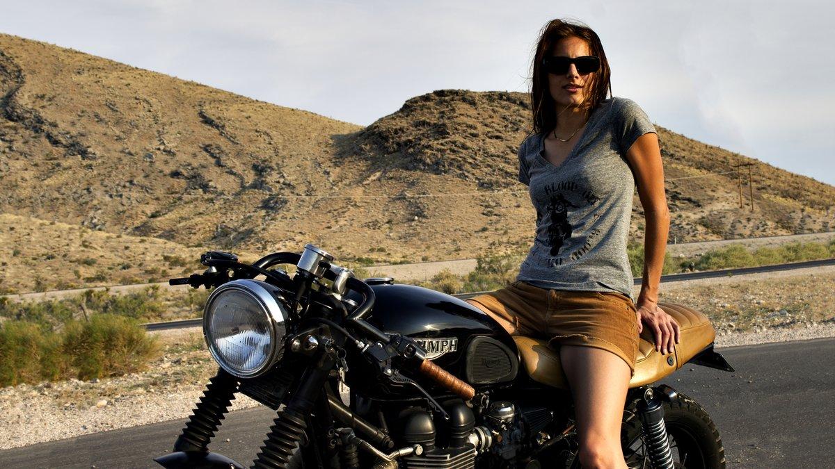 Фото девушек на мотоцикле высокого качества, порно актрисы лесби неженки видео