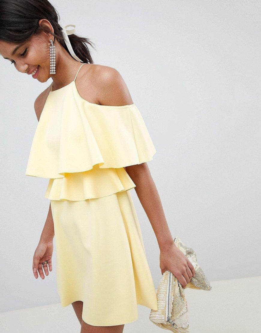 платье с воланом вверху фото галерее вместо