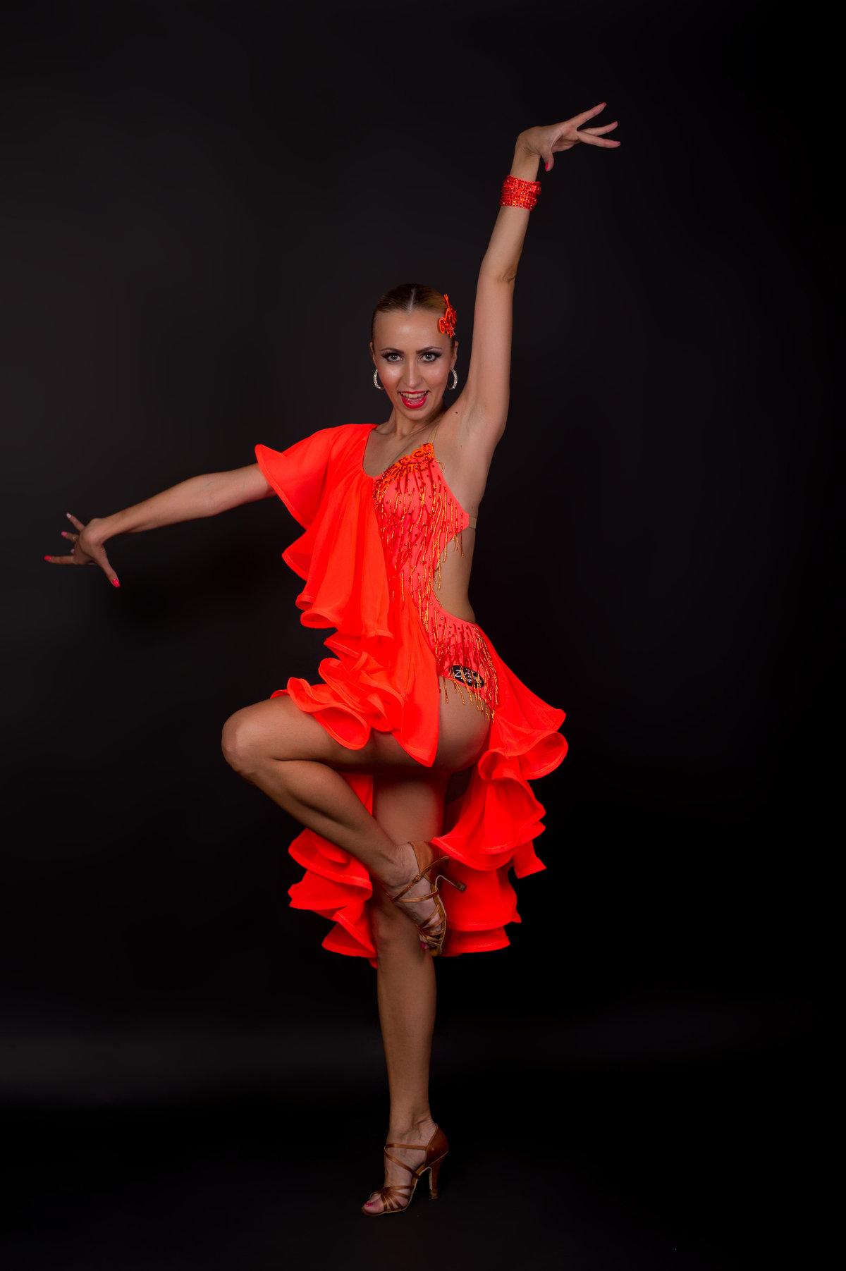 фото танцовщиц бальных танцев нравится мне