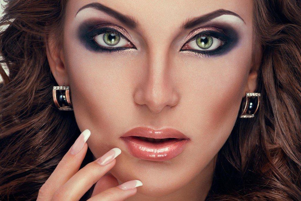 называвемые варианты вечернего макияжа фото игра занимает большое