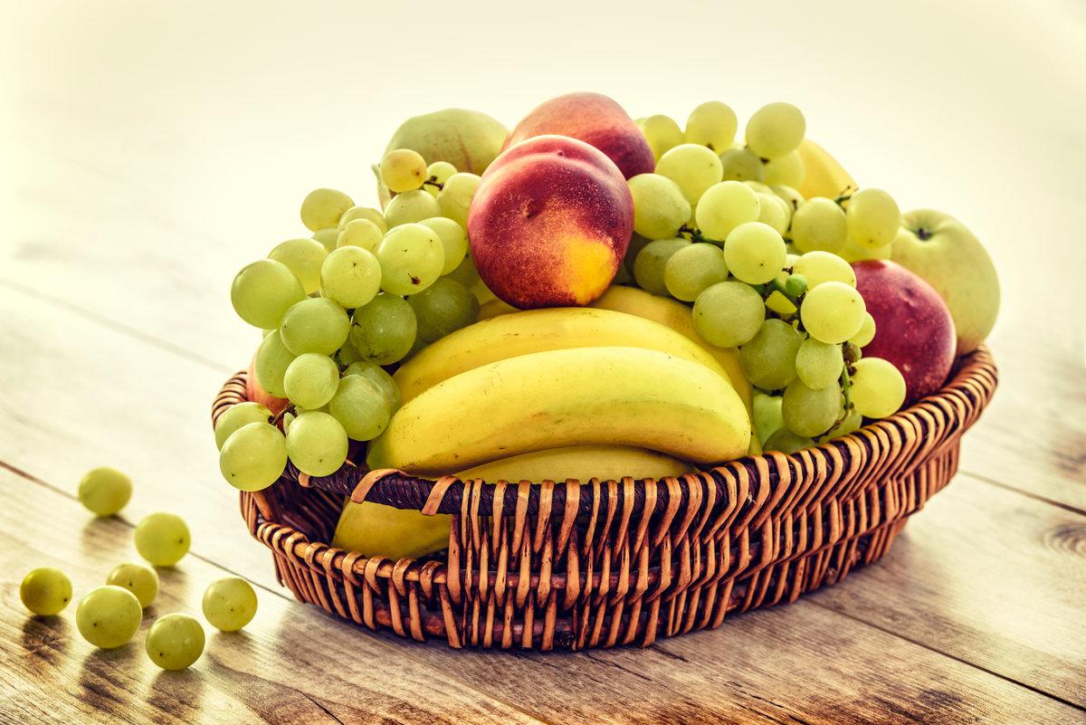 Картинка с фруктами, просыпайся