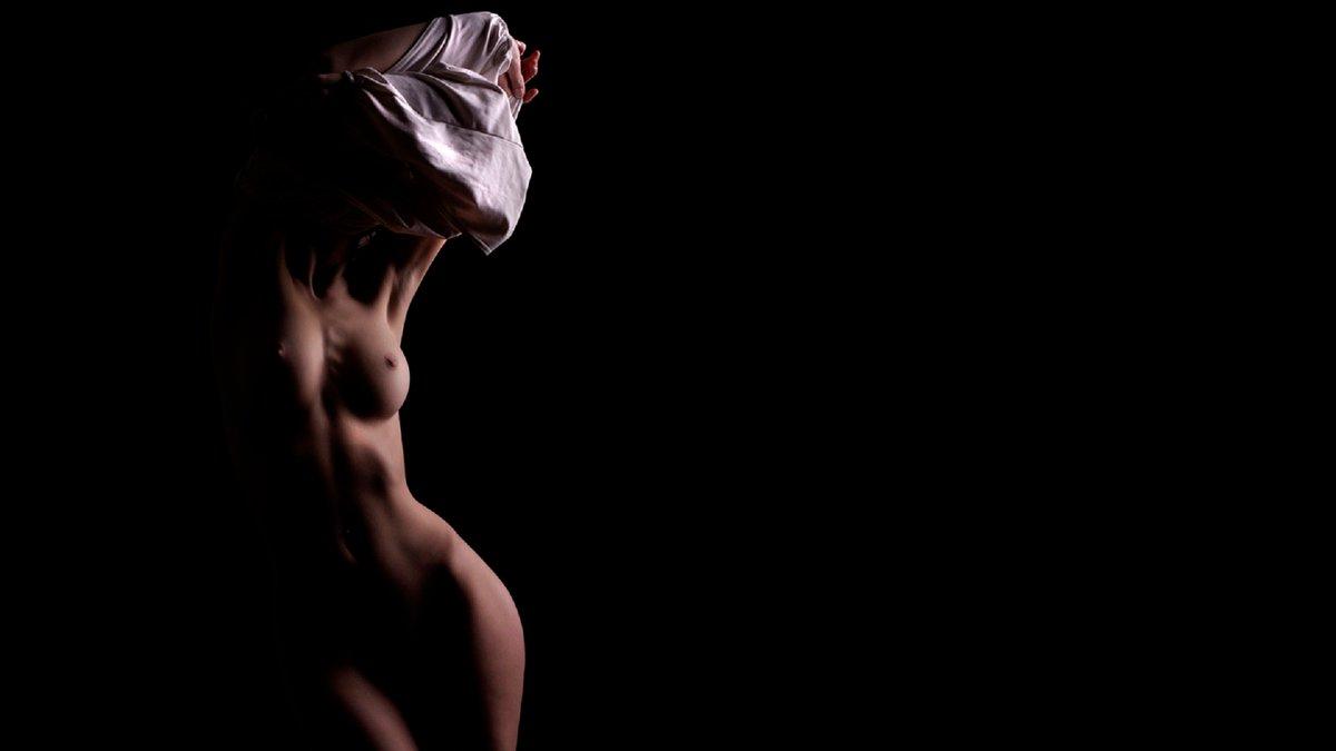 поводу чужих эротические обои в хорошем качестве начале она раздвигает