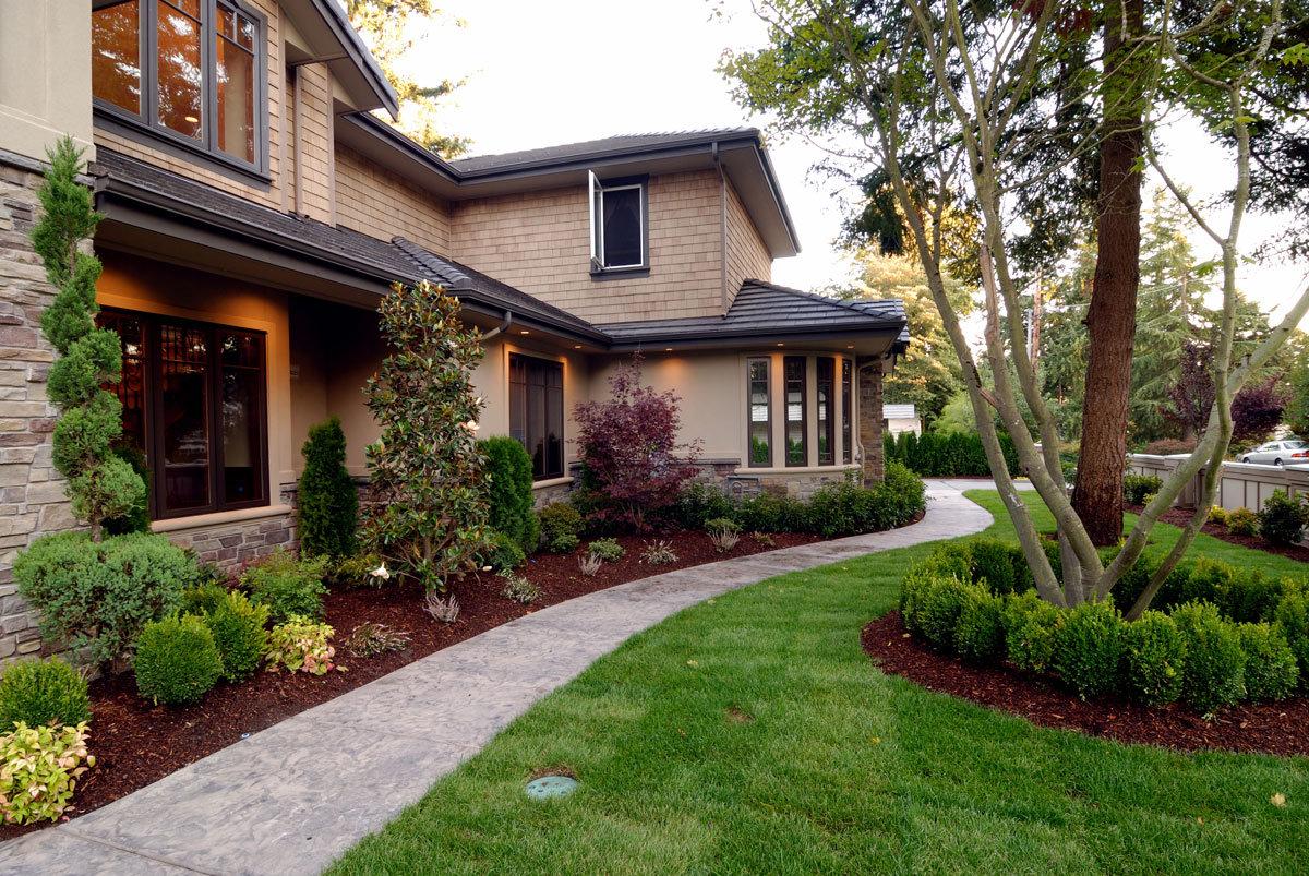 синего дизайн лужайки перед домом фото выходе