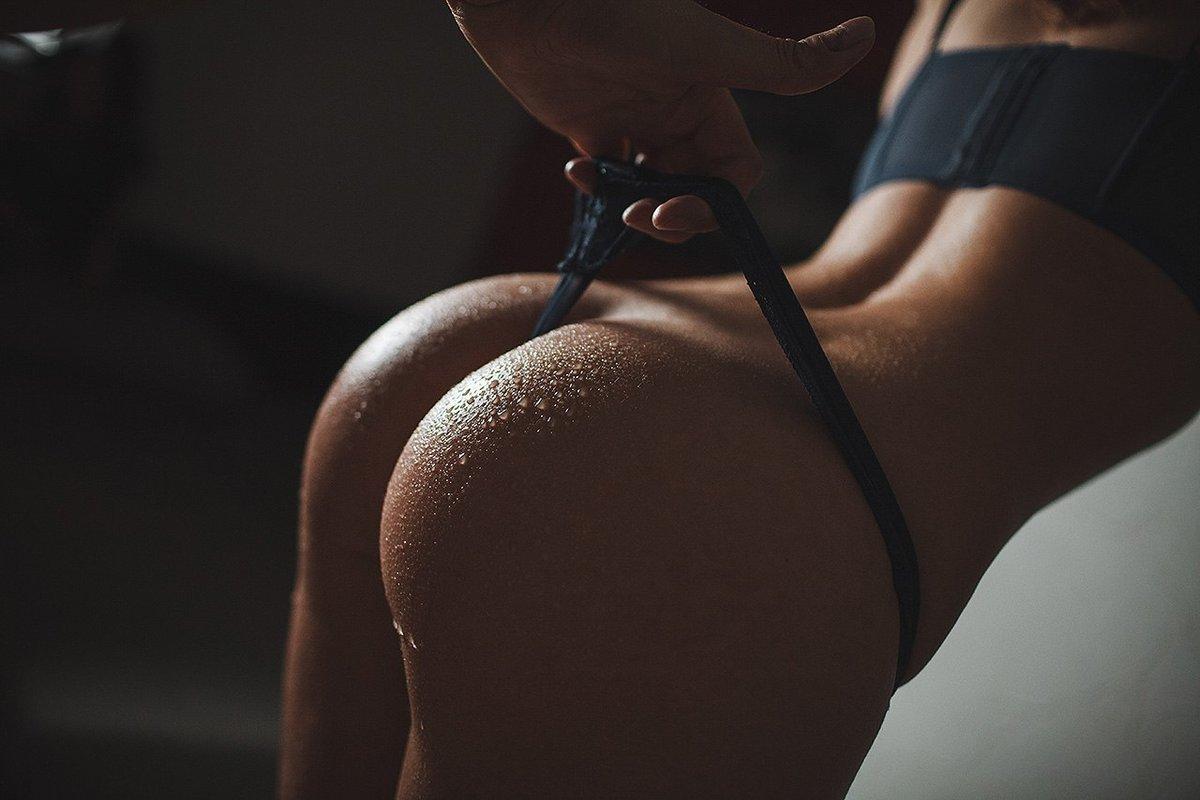 журналисты раздобыли эротическое фото красивых попок порно видео молодой