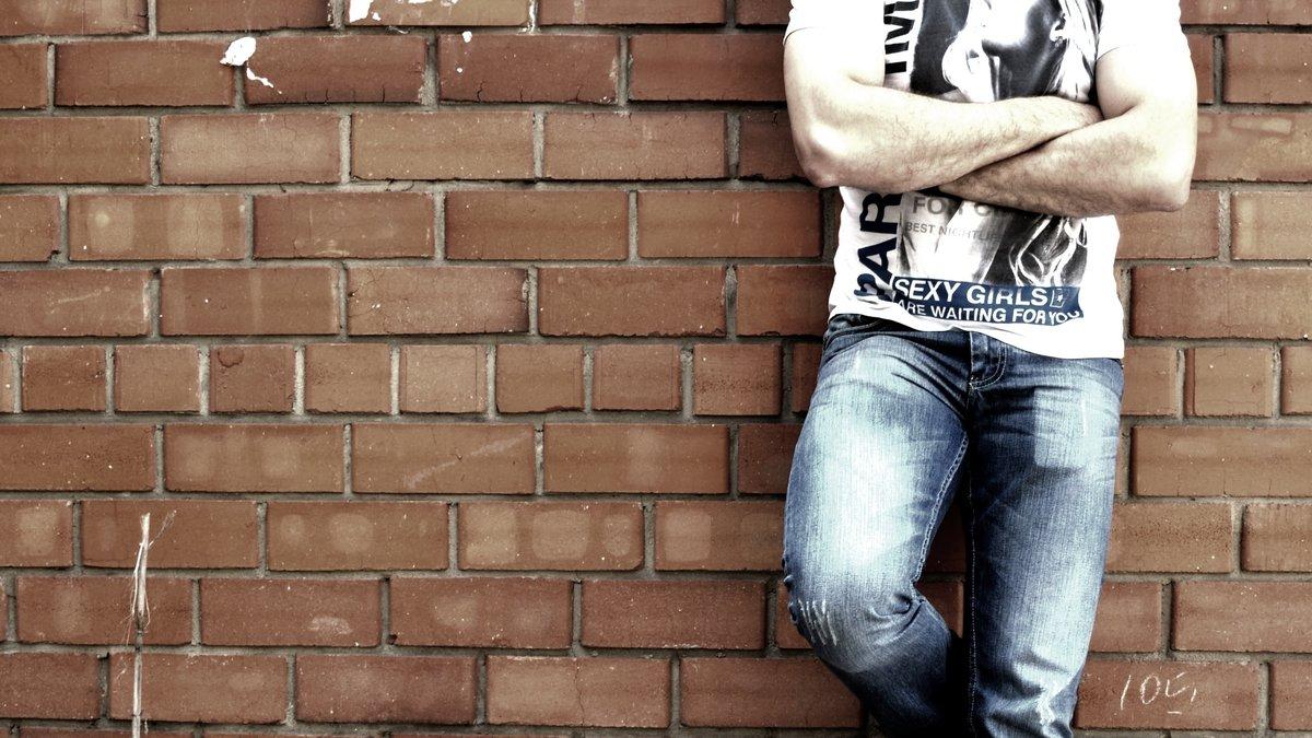 Картинки парню в вк на стену