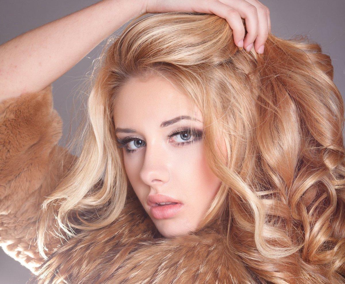 Нарисовать, красивые картинки девушек блондинок с длинными волосами