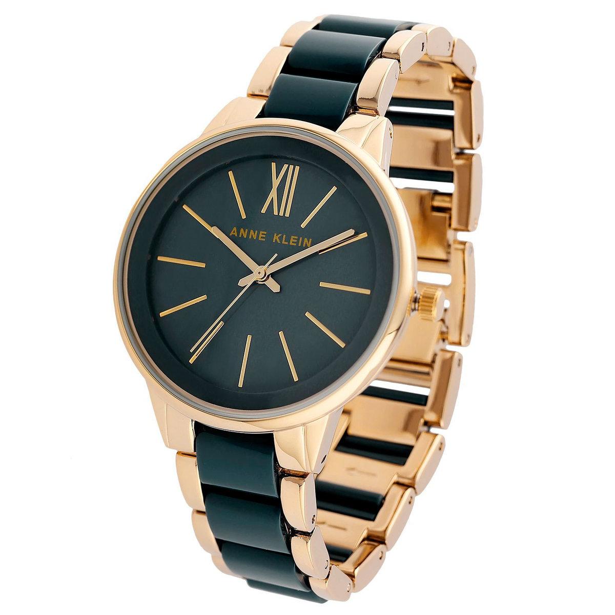 Вы можете купить часы anna klein с набором из двух или трех браслетов, которые носятся по отдельности и в комбинации.