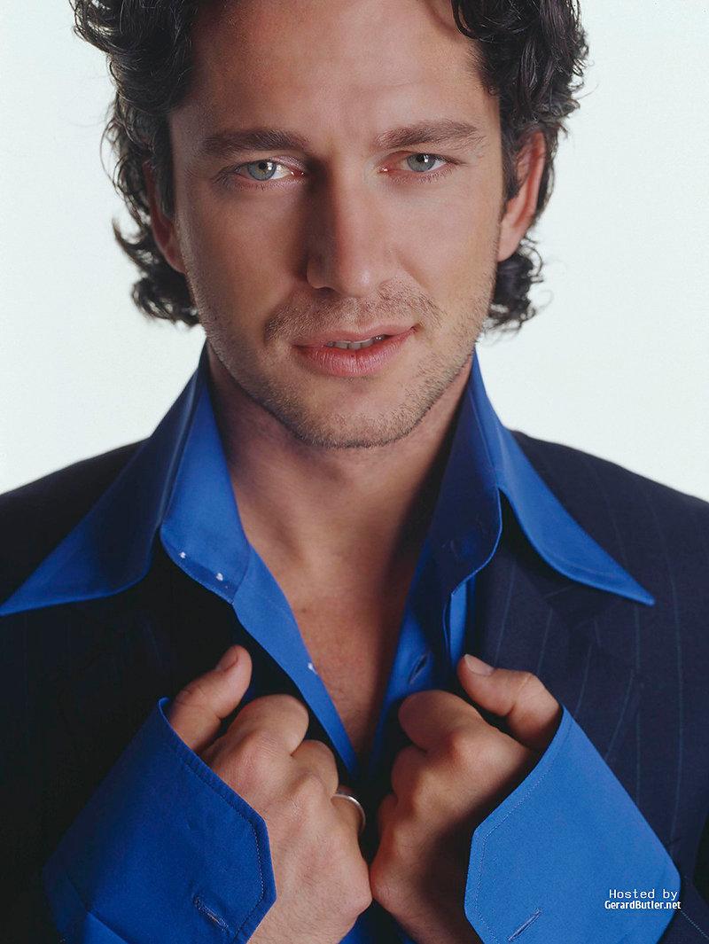 после выхода фото красивых мужчин актеров россиян шапки хорошо согревают