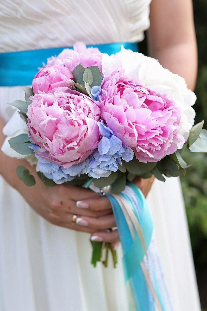 Свадебные букеты из гортензий и пионов, букет золотая свадьба