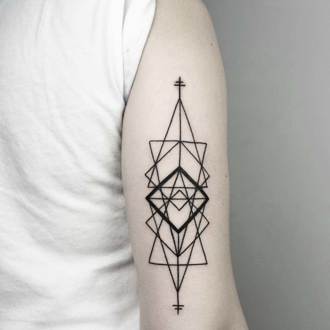 101 geometrically gorgeous minimalist tattoo ideas - HD 1120×1120
