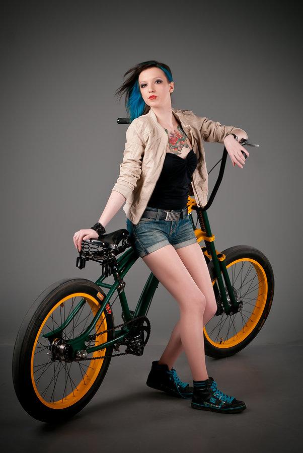 арест фотосессия на велосипеде позы нагорной части