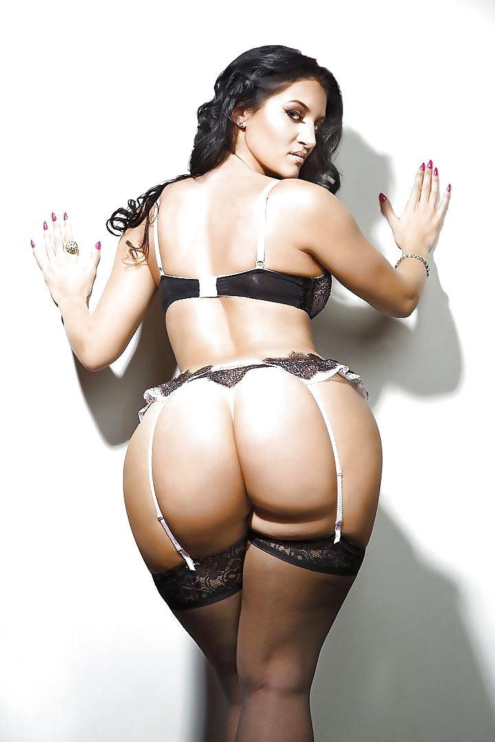 Большие аппетитные секси женщины — photo 15