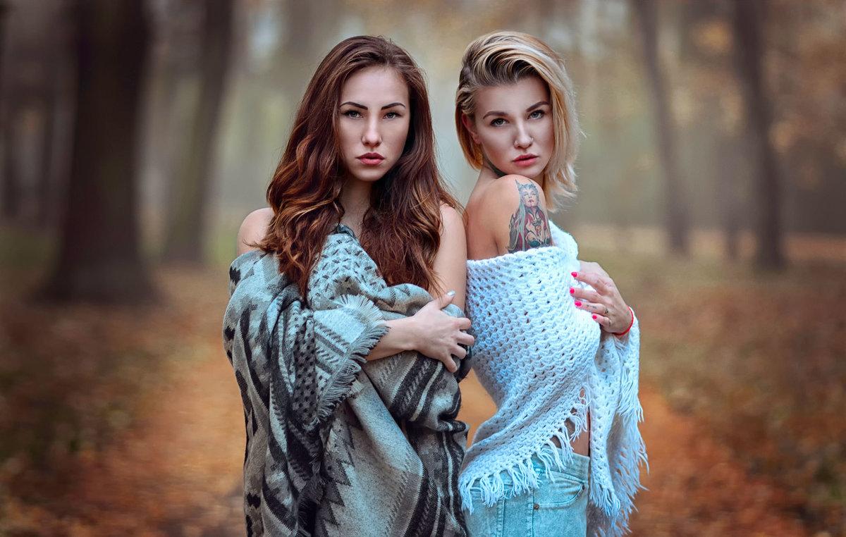 dve-devushki-fotosessiya