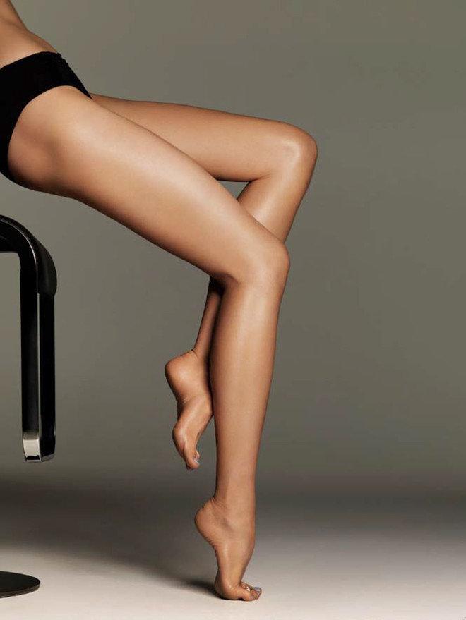 Красивые ножки у девушки