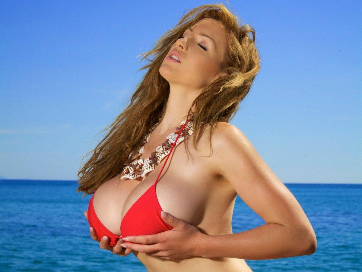 Большие груди ютуб, самое жесткое лесби порно бдсм