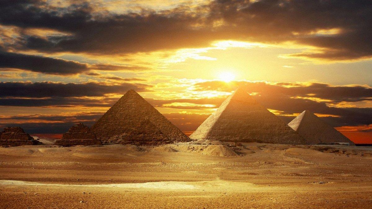Открытка кофе, пирамиды крутые картинки