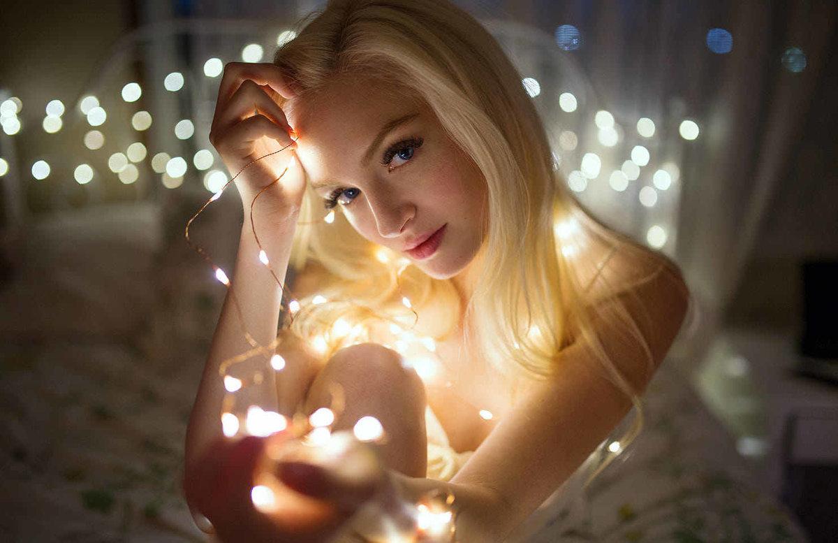 вот как фотографировать с гирляндами светлый