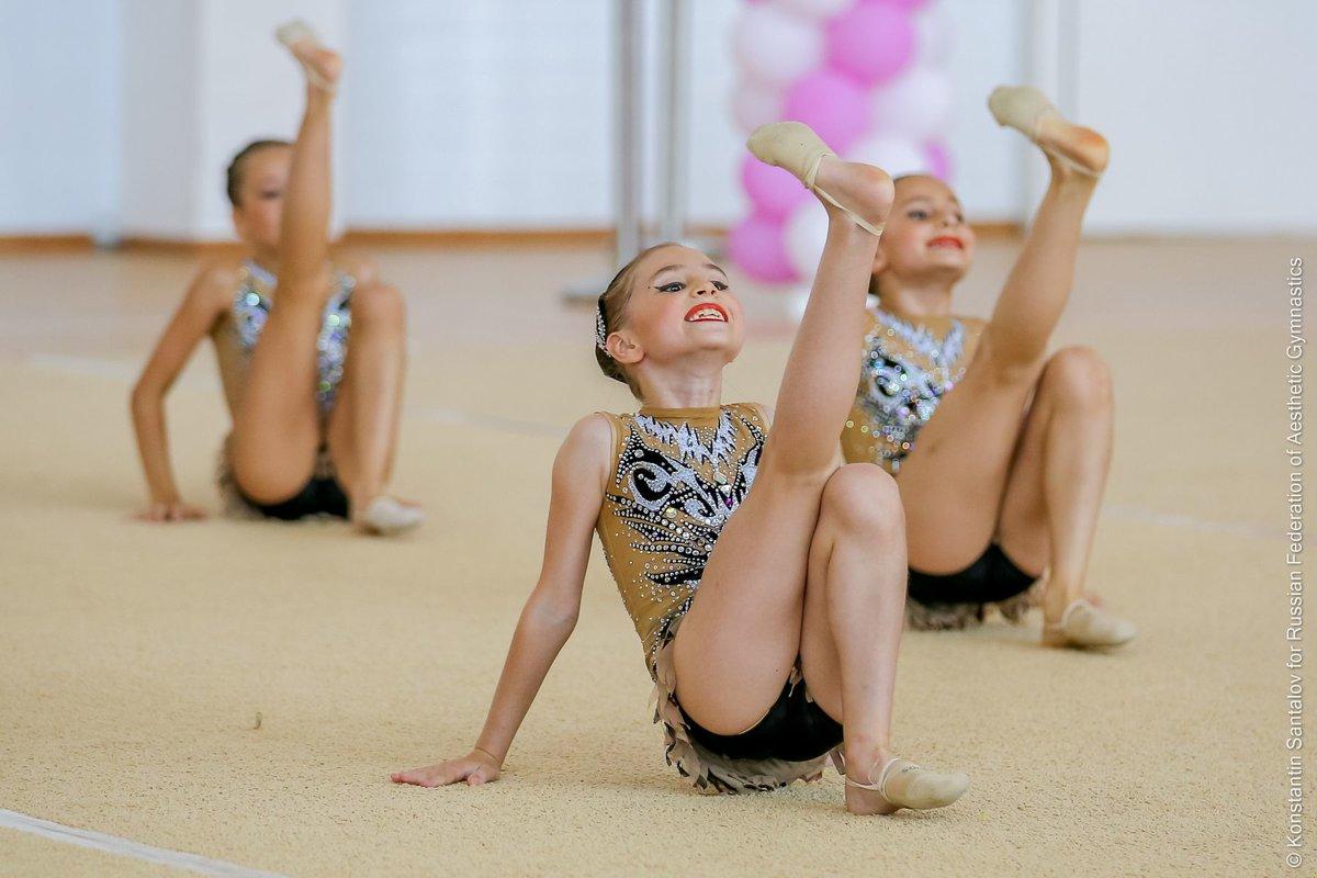 Домашнее гимнастика фото и видео киски женщин сначала