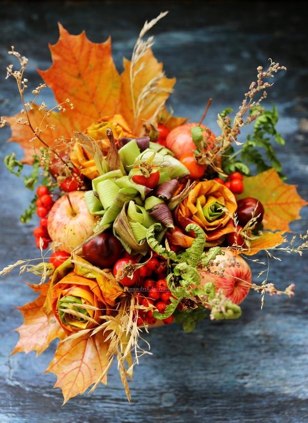 Магазин, букет цветов с листьями