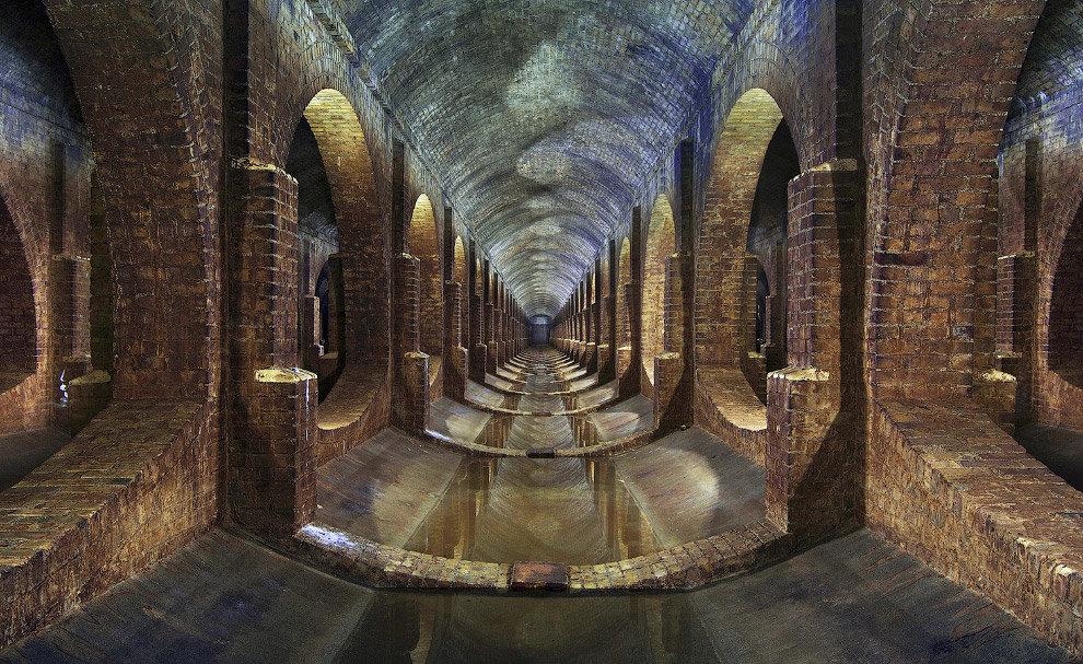 Подземное сооружение под Лондоном, относящееся к викторианской эпоÑе