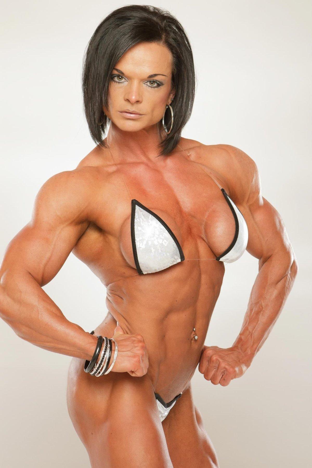 hot-women-body-builder-nude