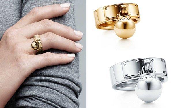 7d2e4089a2a8 Дизайнерская коллекция украшений Tiffany   Co. Производитель женских  ювелирных изделий снова Официальный сайт ✓️