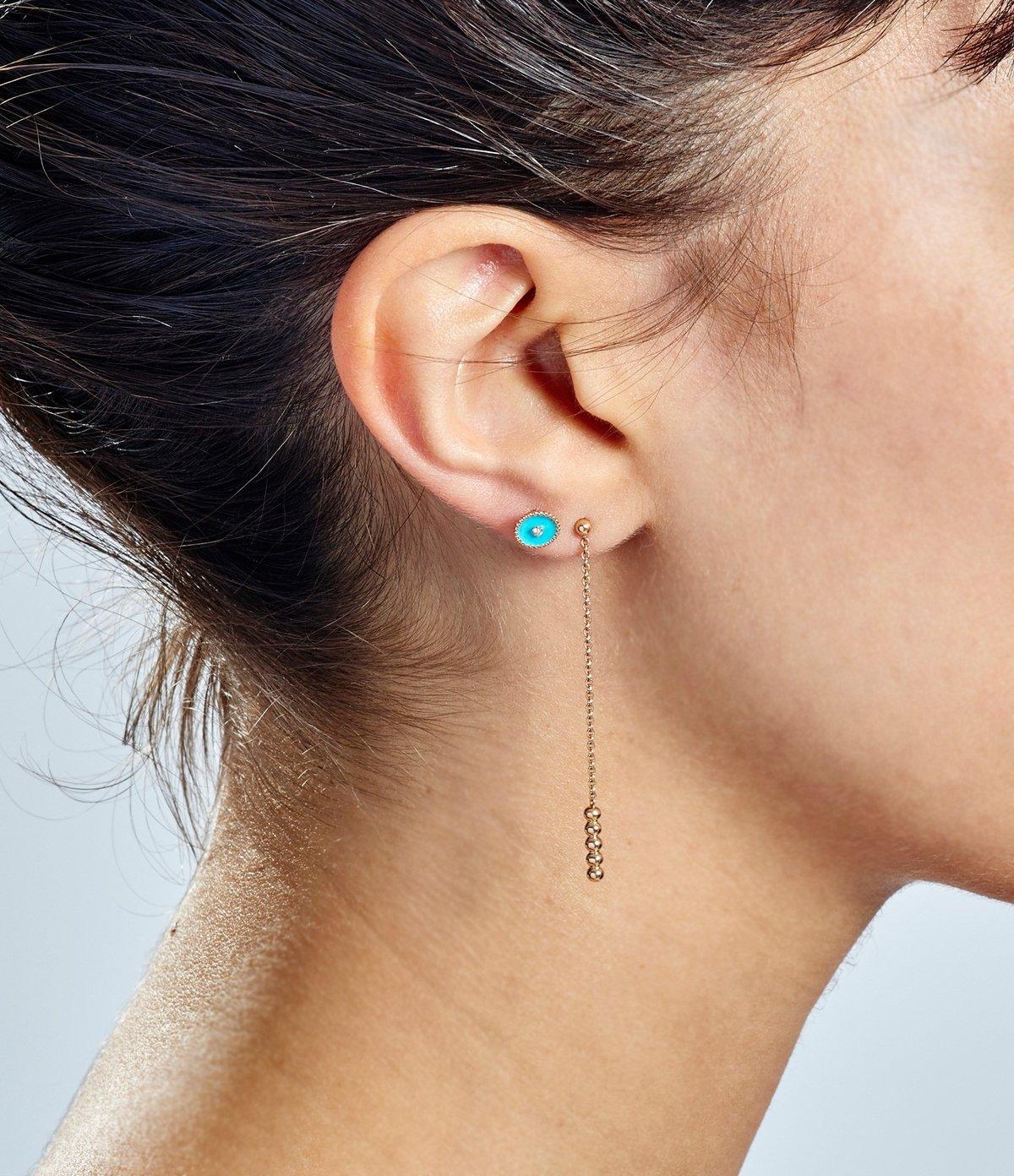 открывать картинки сережек гвоздиках в ушах представлены